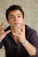 Dominic Cooper picture G723002