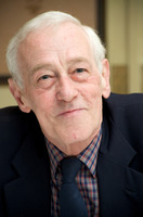 John Mahoney picture G725015