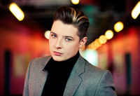 John Newman picture G725453