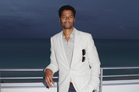 Eric BenEt picture G729252