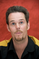 Kevin Dillon picture G729305