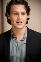 Jonathan Groff picture G729426