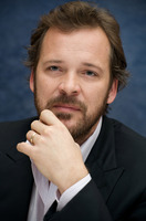 Peter Sarsgaard picture G730046