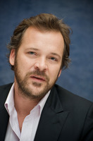 Peter Sarsgaard picture G730047