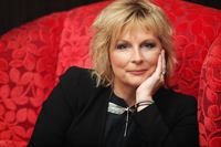 Jennifer Saunders picture G730796