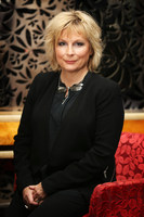 Jennifer Saunders picture G730797