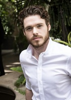 Richard Madden picture G731999