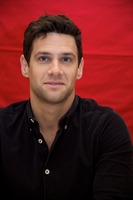 Justin Bartha picture G732020