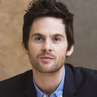 Tom Riley picture G732092
