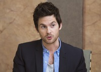 Tom Riley picture G732103