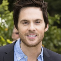 Tom Riley picture G732104