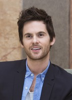 Tom Riley picture G732105
