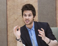 Tom Riley picture G732107