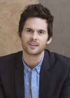 Tom Riley picture G732113
