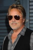 Don Johnson picture G733018