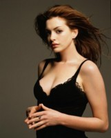 Anne Hathaway picture G73330