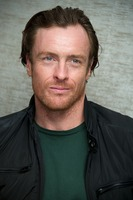 Toby Stephens picture G734119