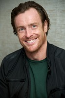 Toby Stephens picture G734122
