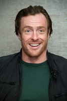 Toby Stephens picture G734124