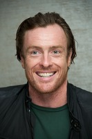 Toby Stephens picture G734125
