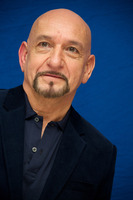 Ben Kingsley picture G734975