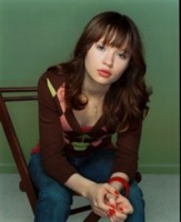 Emily Browning picture G73502