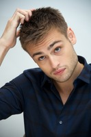 Douglas Booth picture G735371