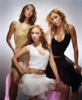 Atomic Kitten picture G73608