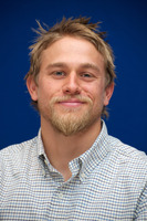 Charlie Hunnam picture G736147