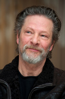 Chris Cooper picture G736372
