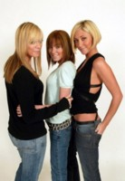 Atomic Kitten picture G73640