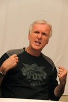 James Cameron picture G738170