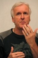 James Cameron picture G738175