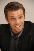 Jake Abel picture G738445