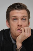 Jake Abel picture G738448