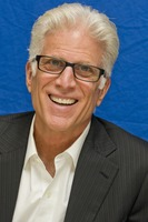 Ted Danson picture G739203