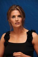 Stana Katic picture G742130