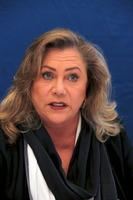 Kathleen Turner picture G745523