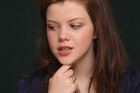 Georgie Henley picture G746035