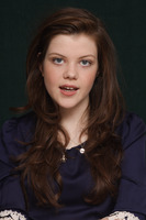 Georgie Henley picture G746040