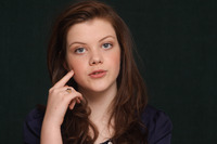 Georgie Henley picture G746041