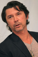 Lou Diamond Phillips picture G746536
