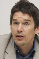 Ethan Hawke picture G748361