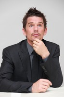 Ethan Hawke picture G748363
