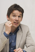 Ethan Hawke picture G748378