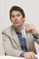 Ethan Hawke picture G748379