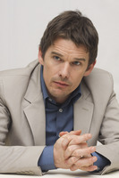 Ethan Hawke picture G748381