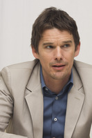 Ethan Hawke picture G748384