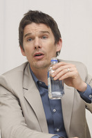 Ethan Hawke picture G748388