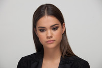 Maia Mitchell picture G750919